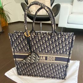 Christian Dior Tasche inklusiv taschen anhänger