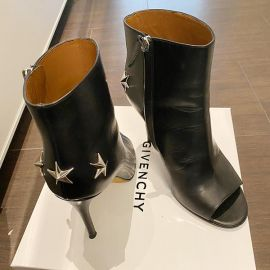 Givenchy Paris Stars booties